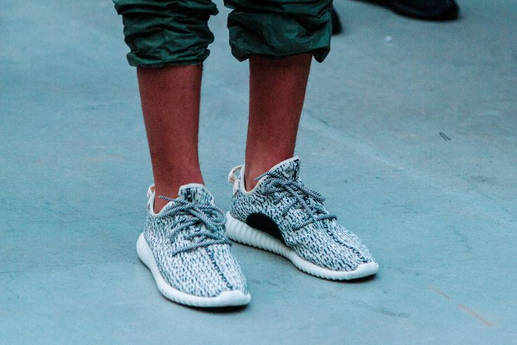 Yeezy-Show-Fall-Winter-2015-Sneaker-Preview-03