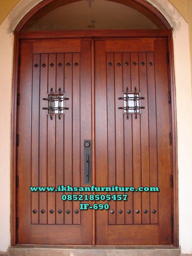 Model Dua Pintu Rumah Mewah Lengkung