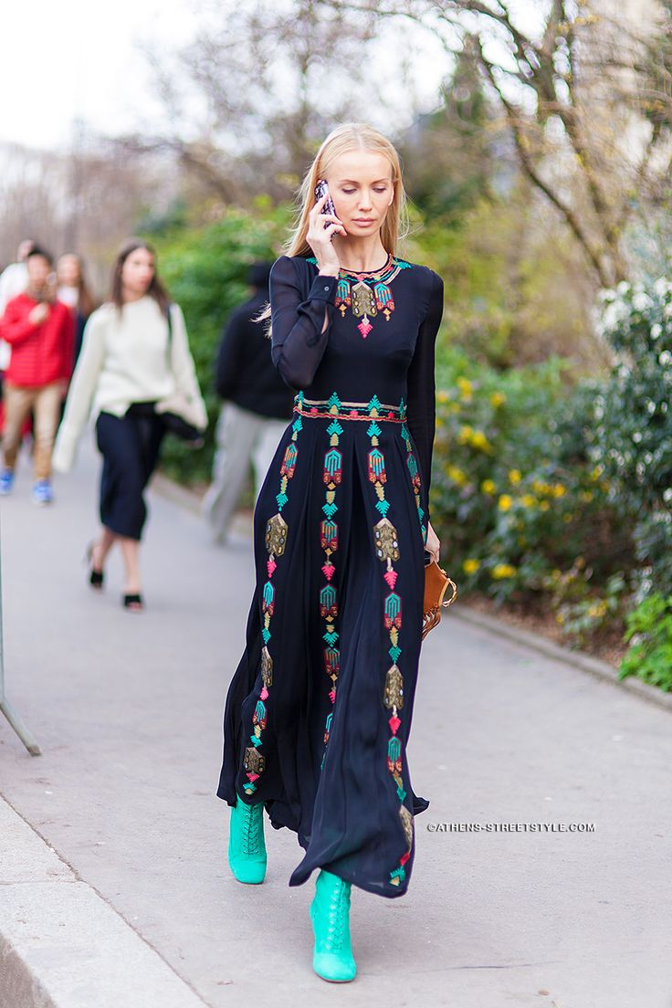 8161 Woman Valentino Dress Paris Fashion Week Fall Winter 2014 2015 Street Style Inspiration