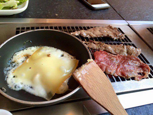 fondue-de-la-raclette-restaurant-savoyard-paris