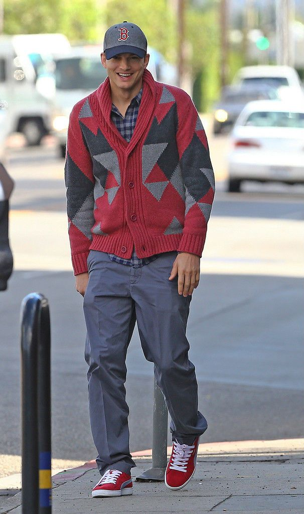 Ashton kutcher wearing his puma suede classic ecos style men pinterest sneakers watches for Celebrity watch sneaker