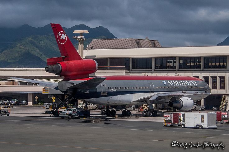 https://flic.kr/p/GUg6eV   N224NW Northwest Airlines   McDonnell Douglas DC-10-30   Honolulu International Airport   Built for Swiss Air, this NWA DC-10-30 now flies for World Airways.