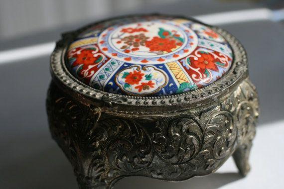 Japanese Trinket Box Metal footed Jewelry Box Vintage by AbateArts, $16.00Trinket Boxes, Boxes Vintage, Boxes Metals, Jewelry Boxes