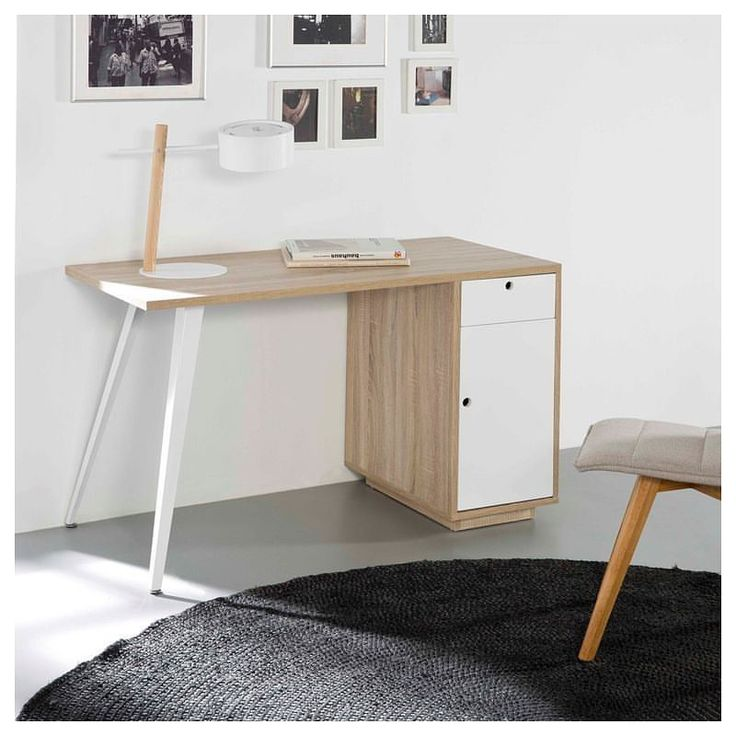 Escritorio de estilo nórdico combinado en roble y blanco. 👉 http://www.ciamohome.com/escritorios/824-escritorio-felix.html