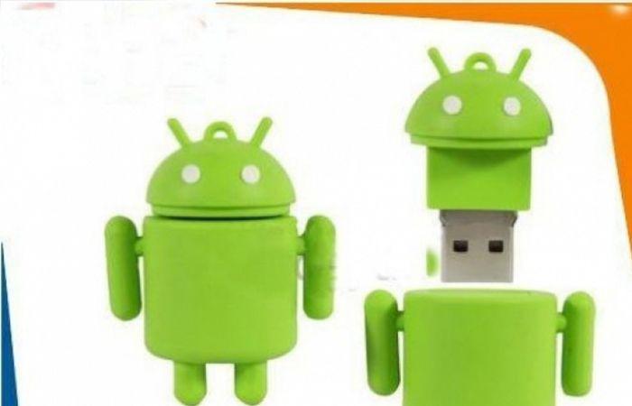 Tem gente que gosta do sistema operacional iOS e tem gente que prefere o Android do Google. Se você se encaixa na última categoria, vai querer transportar seus dados neste flash drive Android.