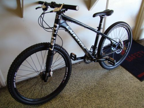 cannondale-mountain-bike-F3-2010-model-small-frame-Made-in-USA-frame