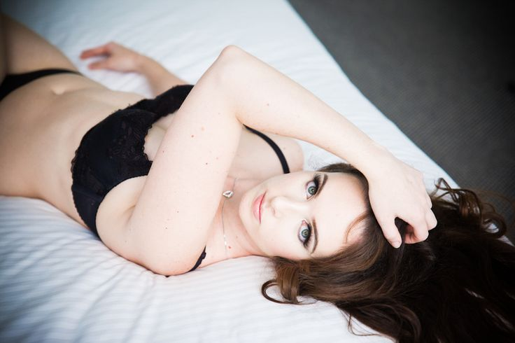 Boudoir Photography by Kelly Pack at Undercover Artistry - www.undercoverartistry.com