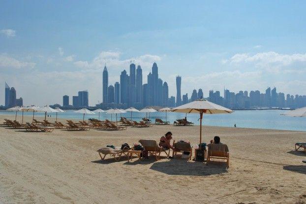 Beach in front of Fairmont Hotel Jumeirah The Palm. #dubai #jumeirah #thepalm #fairmont #beach #dubaibeach #strand #unitedarabemirates #urlaub #holidays