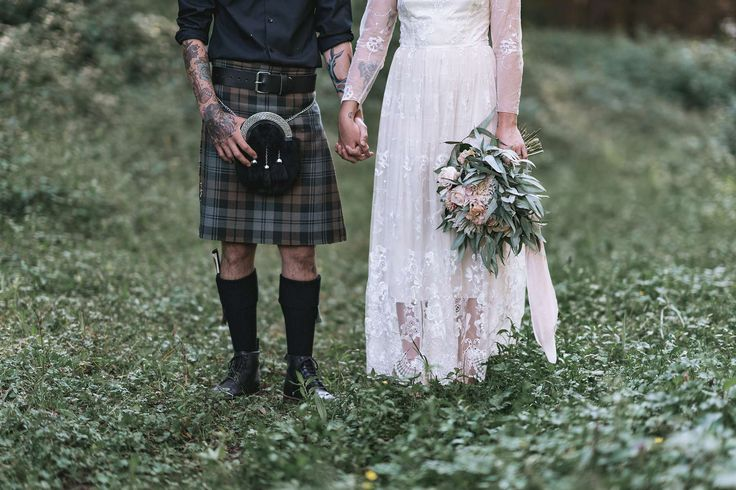 Rambo Estrada is an international multi award winning wedding photographer based in Tauranga, New Zealand.