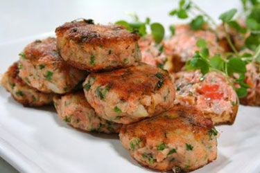 Potato and Regal Wood Roasted Salmon Fish Cakes recipe – visit Food Hub for New Zealand recipes using local ingredients – foodhub.co.nz