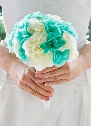 Paper flowers for your WEDDING!  http://www.sweetwedding.pl/unikatowe-bukiety-z-bibuly/