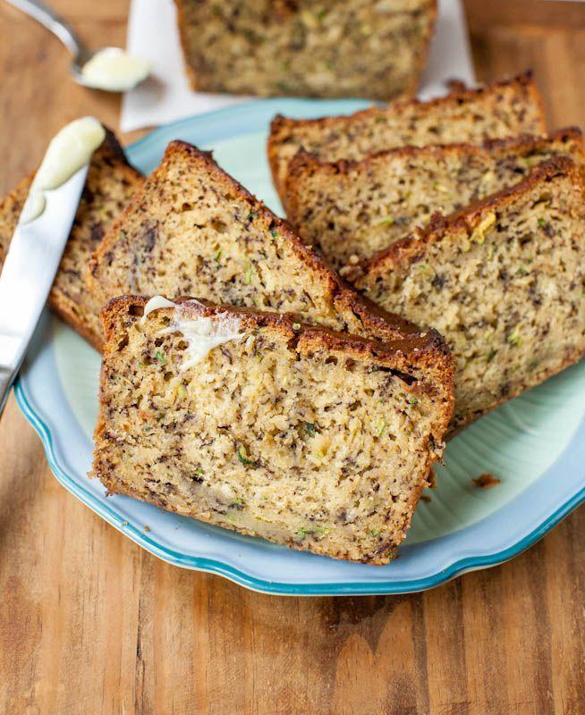 Healthy banana bread recipes | 25 Mouthwatering Banana Bread Recipes - Yummy Homemade Vegan Dessert by Pioneer Settler at http://pioneersettler.com/banana-bread-recipes/