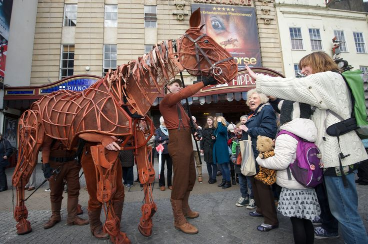 Joey getting greeted by the excited crowds at The Bristol Hippodrome! He is here from the 14th of Jan until the 14th of Feb!