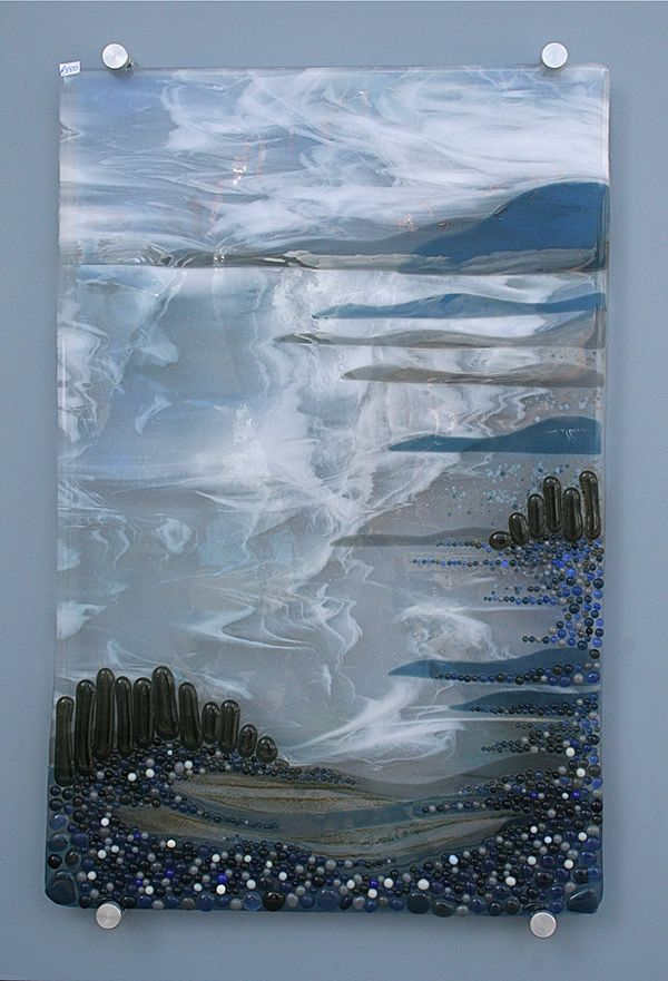 Blue Coast with the Ness fused glass panel by Nicky Exell  mooie basisplaat
