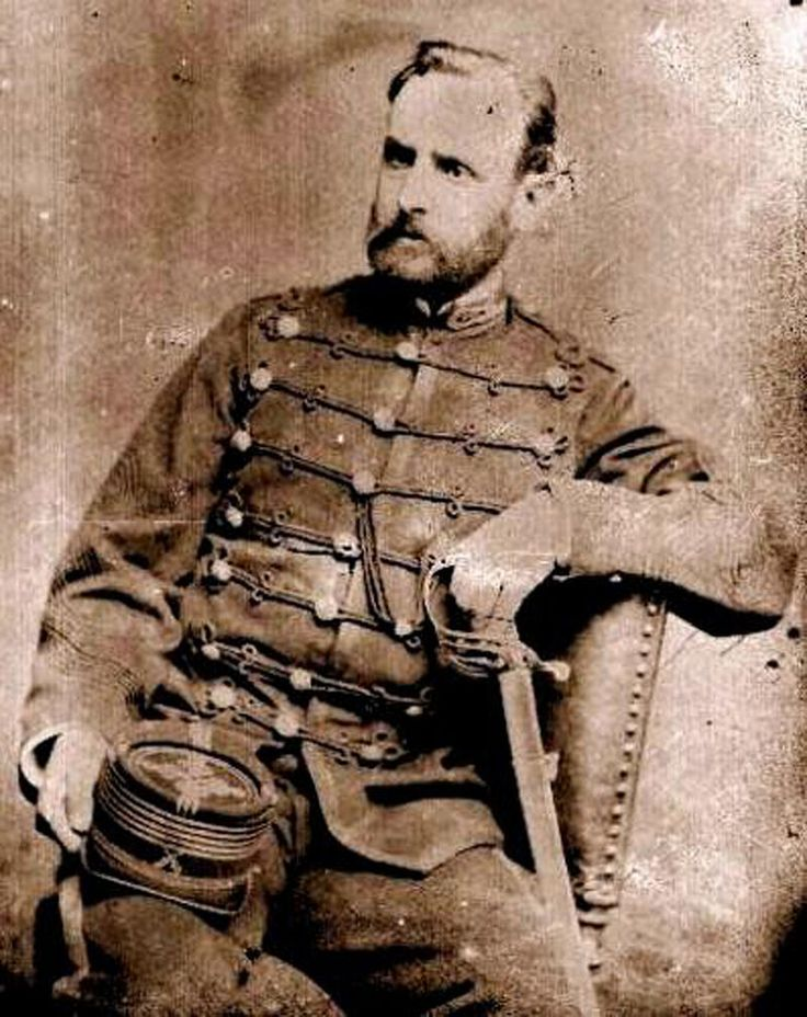 José Miguel Alcérreca Saldes. En la campaña de La Araucanía se distinguió por su actuación en los combates de Traiguén y de Cautín, 1868 y 1875.  Como joven militar experimentado en el Sur, Alcérreca integró las fuerzas chilenas en la Guerra del Pacífico en Carabineros de Yungay. Estuvo presente en el bombardeo de Antofagasta por el Huáscar, participó en la Toma de Pisagua, en la Batalla de Tacna y en la Toma de Arica. Durante la Campaña de Lima luchó en las batallas de Chorrillos y…