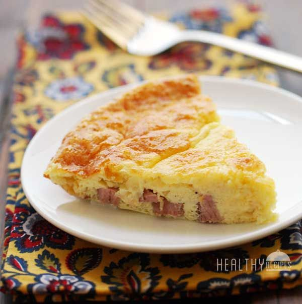 Crustless Quiche Lorraine - will make with turkey ham instead. Plan to make several and wrap individual pieces for a quick breakfast on the go for my kids and me :)