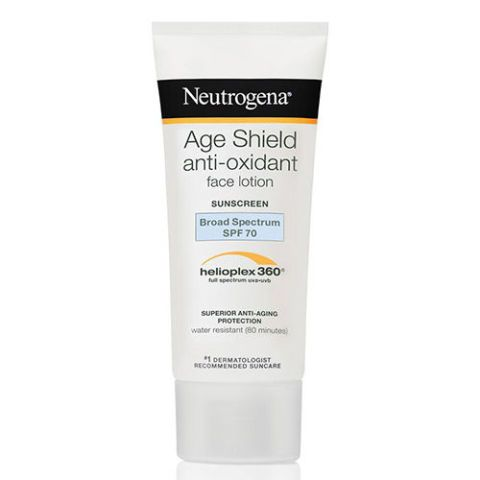 Pretty ideal for all our pale beauties, Neutrogena's facial sunscreen boasts a broad spectrum of 110, so basically you can laugh in the face of sunlight. The formula features a dynamic Helioplex Technology that offers you the chance to escape burns and signs of aging.