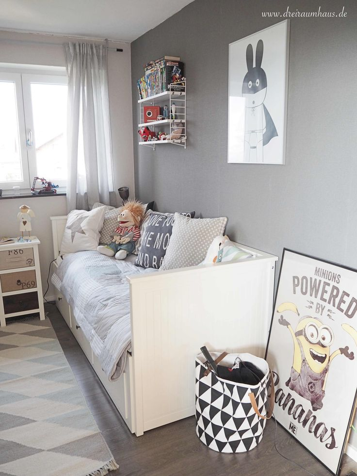 die besten 25 kinderzimmer f r jungs ideen auf pinterest baby jungenzimmer babyzimmer. Black Bedroom Furniture Sets. Home Design Ideas