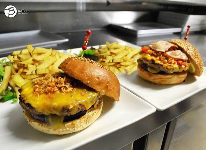 Best Halal Burger In Paris Baili Restaurant Halal Recipes Ramadan Recipes Iftar Food