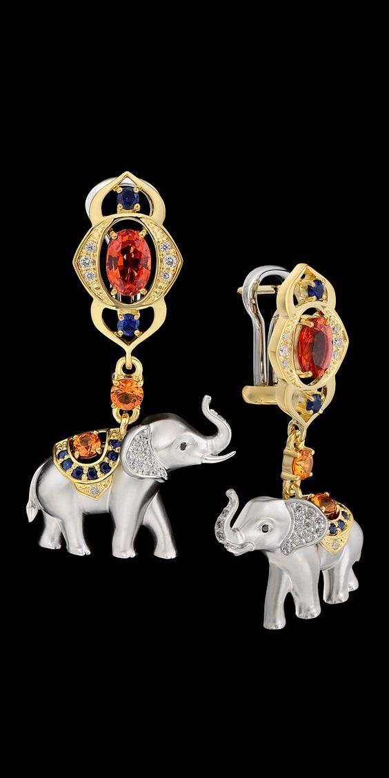 Master Exclusive Jewellery - Collection - Animal World - Elephant Dangle Earrings: