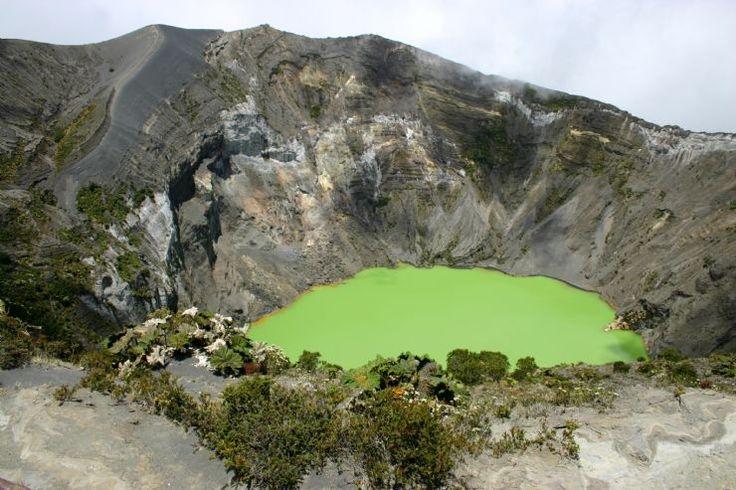 Irazú Volcano: Volcanoes Crater, Irazu Volcanoes, Favorite Place, Costa Rica, National Parks, Majest Irazú, Irazú Volcanoes, Cities Guide, Cartago Costa