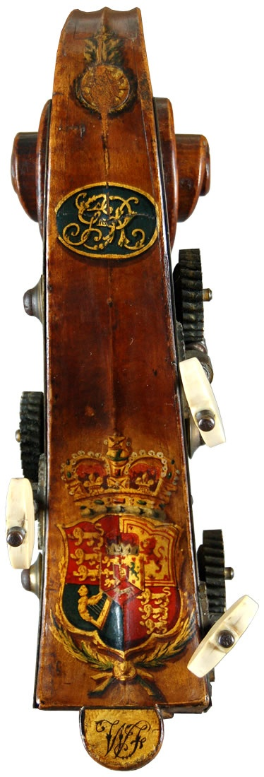 1805 double-bass made by William Forster (2) for King George III