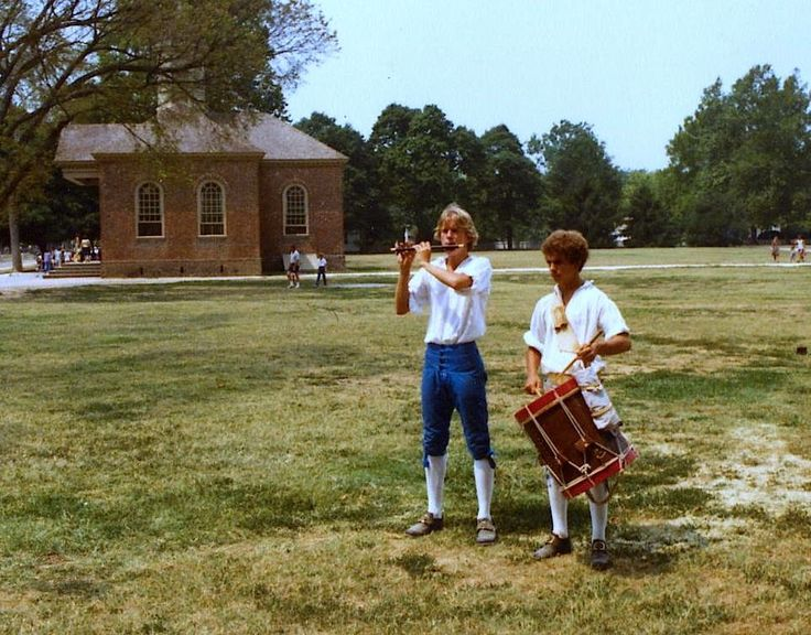 Happy Independence Day #America! - Colonial Williamsburg 1980 #tbt #4thofJuly #TravelTuesday