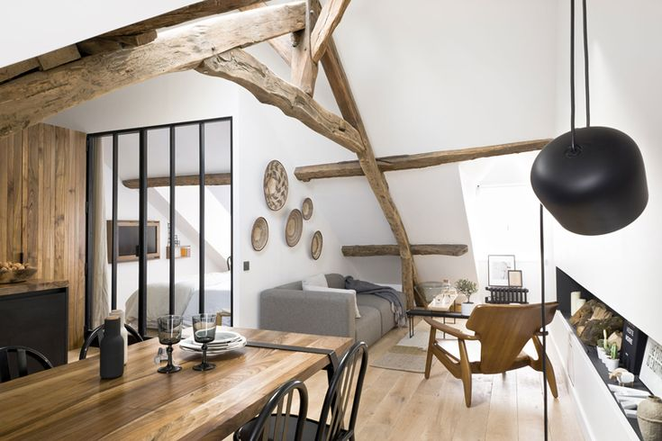 I have fallen in love with this 18th century apartment in the heart of Le Marais, Paris. Design...