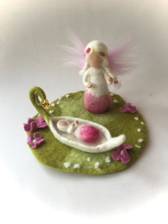 Fairy felted. Waldorf. Felted.flower by FilzArts on Etsy                                                                                                                                                                                 Mais