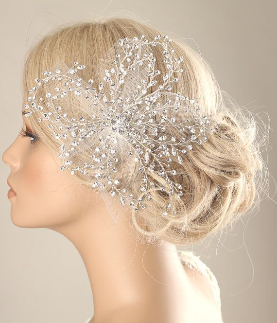*Sparking rhinestone bridal hair piece, wedding hair clip Every single rhinestone is wired by hand. It is perfect accessory for bride, bridesmaids or lots of special days.  *Size Approximately 7  *Color  Silver  *Materials -Silver wire -rhinestones -White tulle -Hair clip  **each of my creations is made of high quality materials with lots of love and hand made to order in my studio. All the processes are made by my hands. **I welcome custom order. If you would like a different size or…