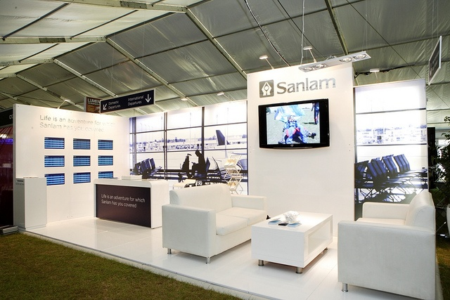 Trade Show Booth Lounge : Tout blanc photo grand format exhibition stand design