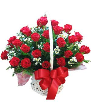 Love Footsteps, Fresh red roses arranged in flowers basket - flowers decorated China