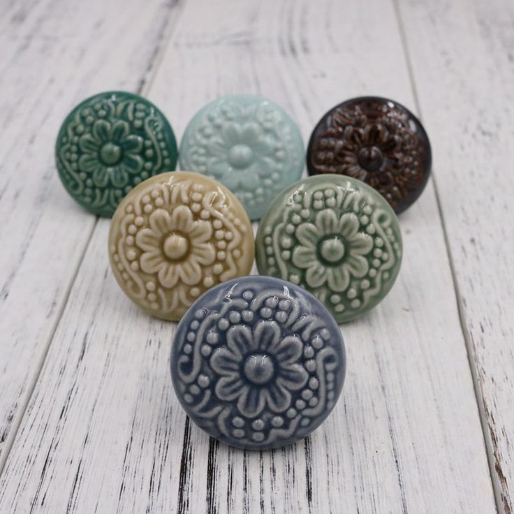 1pcs New Colorful Ceramic Cameo Bas-relief Cabinet Drawer Knob Kitchen Cupboard Door Handle Pull Dia 44mm