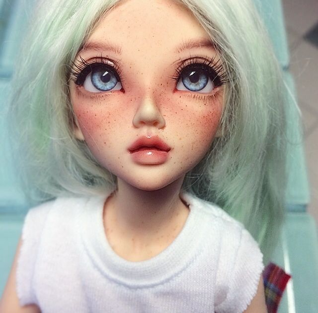 Hello! — Gave Kaia a new faceup :)