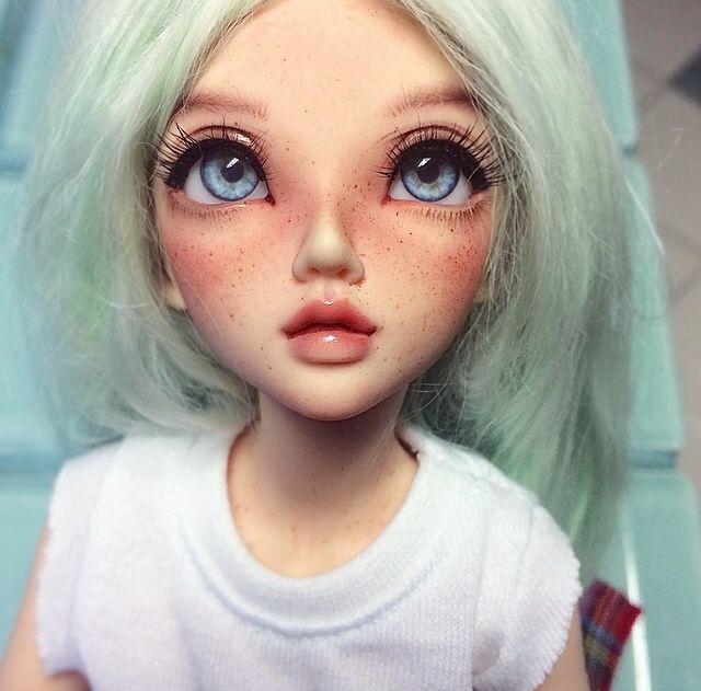 Hello! — Gave Kaia a new faceup :)