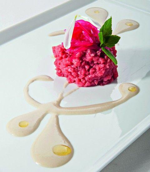 Carne cruda cipolla rossa e salsa ostrica