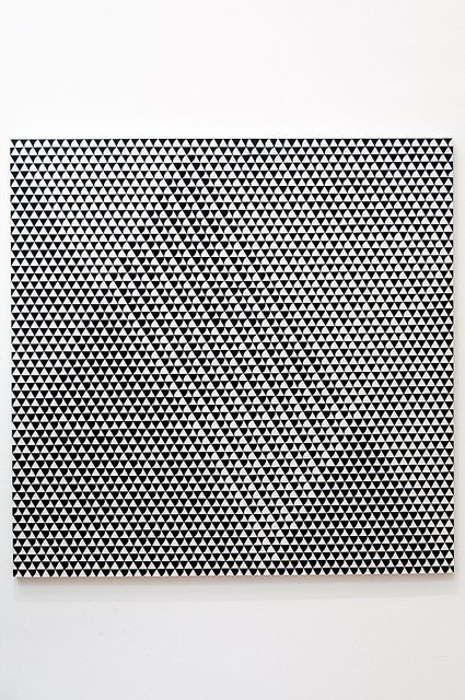 wowgreat:  Bridget Riley - Tremor, 1961