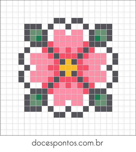 Petite fleur rose au point de croix                                                                                                                                                                                 Plus