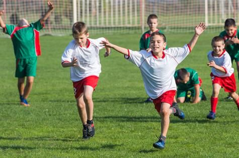 Research from the University of Wollongong shows that children have a greater risk of mental health problems if they drop out of sport.