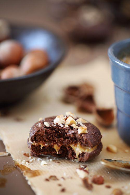 Les Koonies sont une inventions géniales de Christophe Michalak. Mi-cookies, mi-brownies, ces petits biscuits tout moelleux et tout tendres sont formés com