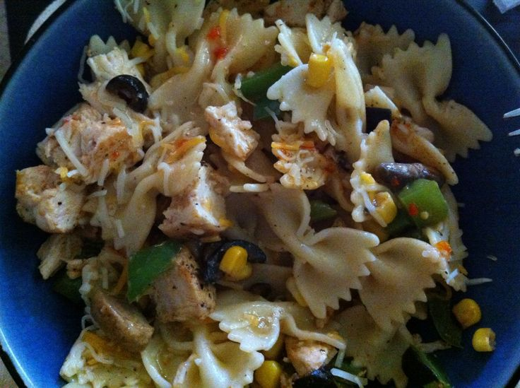How to Cook a Delicious Bow-Tie Pasta W/ Chicken!: Bows Ti Pasta, Bows Ties, Bowties Mail, Bow Ties, Delicious Bowties, Favorite Meals, Favorite Recipes, Bow Tie Pasta, Delicious Bows Ti