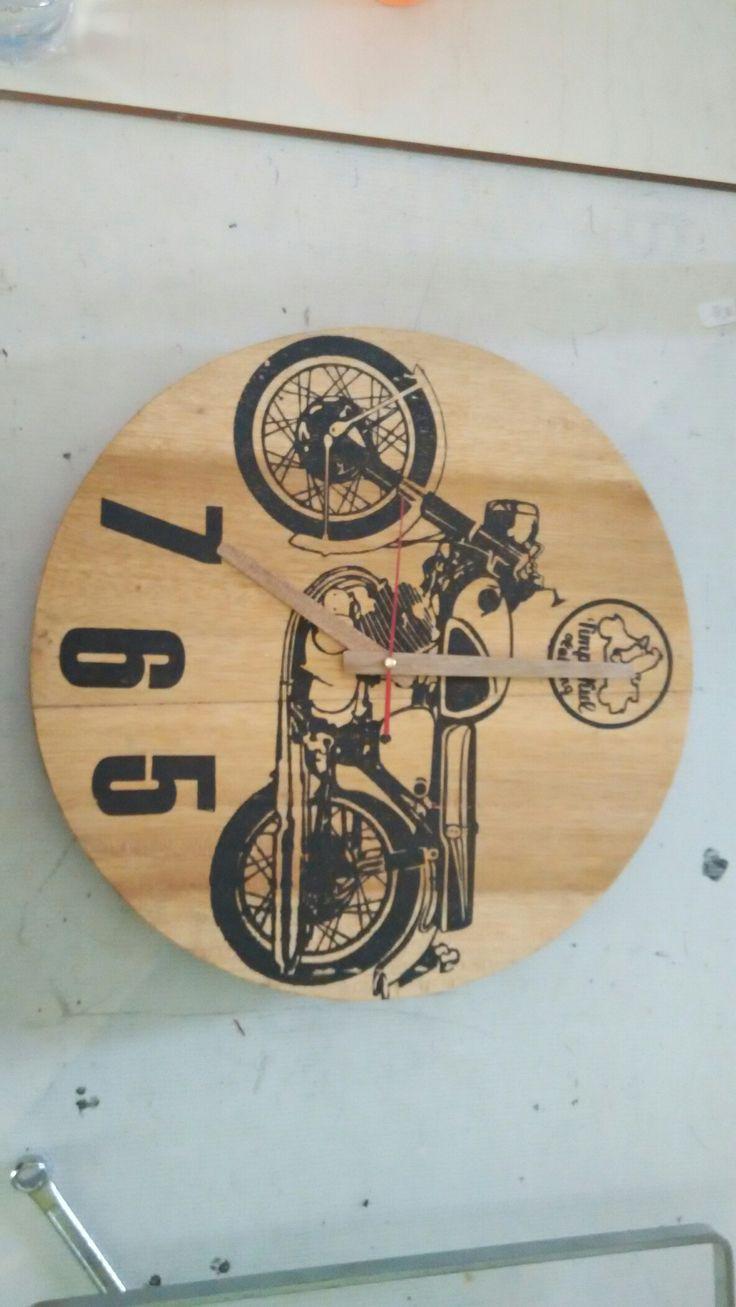 Timpakul Watch Honda CB