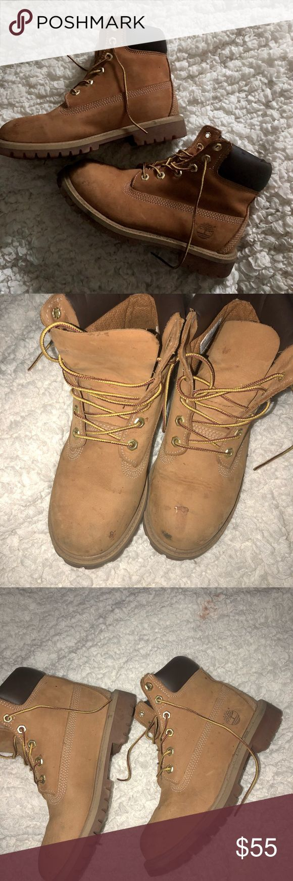 🎉year end sale🎉 timberland boots worn boots but I'm sure they can be cleaned off, however the price reflects this. They are a men's 5.5 but a women's 7. Timberland Shoes Winter & Rain Boots