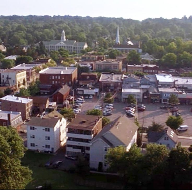 The setting for Liars, Rosewood, Pennsylvania, is based on Rosemont, Pennsylvania. Rosemont is a pricey suburb located near Philadelphia. It also inspired the fictional Pine Valley, Pennsylvania, the setting for All My Children.