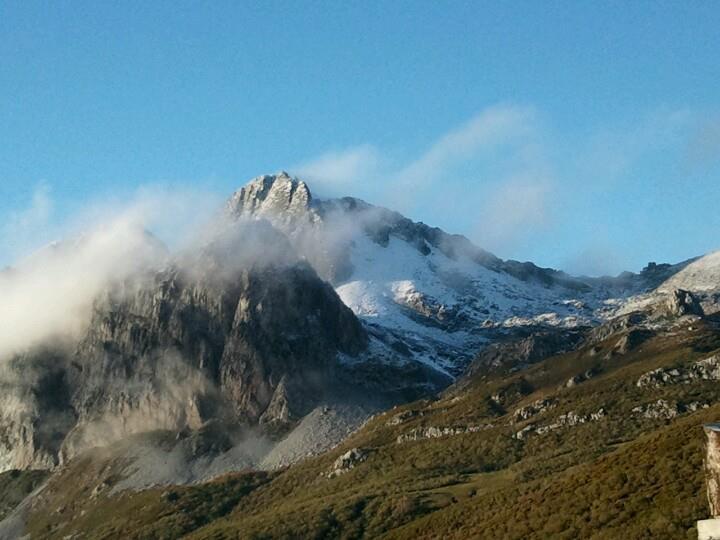 Pico Torres desde La Raya Puerto San Isidro Asturias