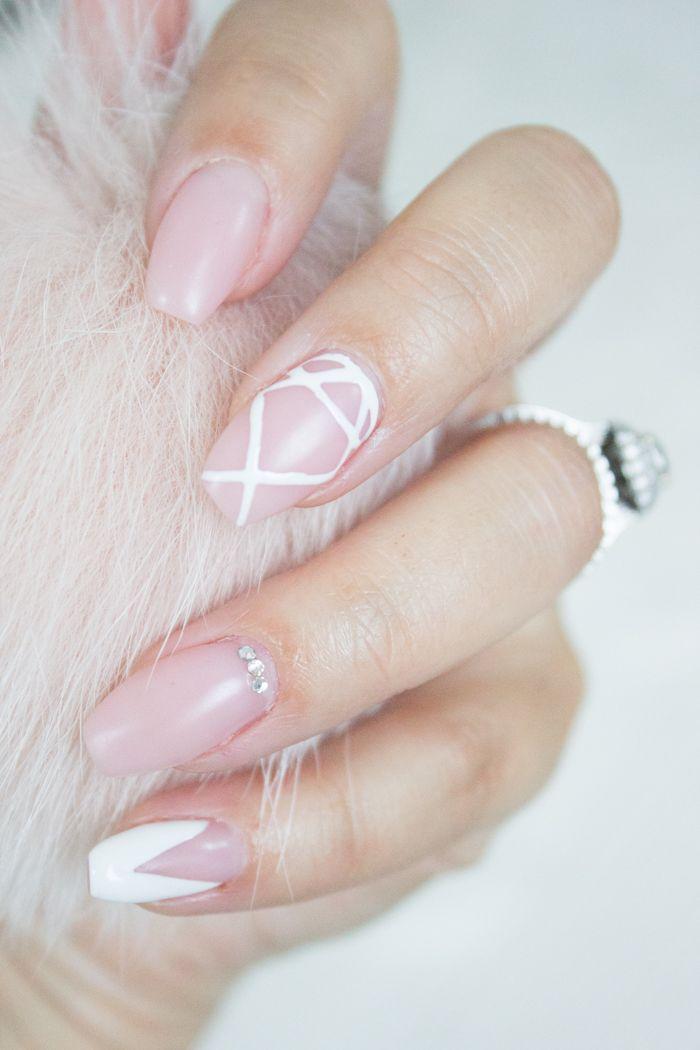 Pink matte ballerina nails www.livinupanotch.com