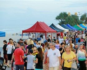 Surfers Paradise Beachfront Markets: Every Wednesday, Friday and Sunday night, treasure hunters, bargain spotters and after-dinner strollers make their way along the coastal stretch of more than 100 market stalls while live entertainers set the mood.   Surfers Paradise market stalls...