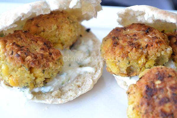 Falafel || gedroogde kikkererwten, knoflook, koriander, peterselie, komijnpoeder, chilipoeder, peper en zout