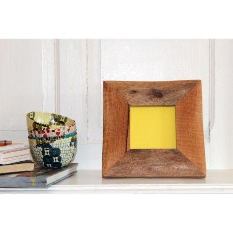 Cadre photo en bois de récupération, photo 10x10 cm. Tanzanie. 32€