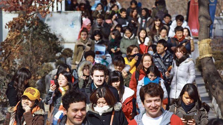 Ces jeunes qui ne voient plus leur avenir en France - Le Figaro Étudiant
